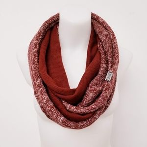 UNDER ARMOUR Infinity Knit Scarf, Red